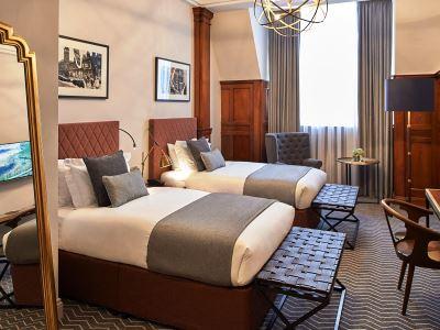 bedroom - hotel kimpton clocktower - manchester, united kingdom