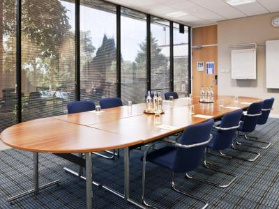 conference room - hotel holiday inn runcorn - runcorn, united kingdom