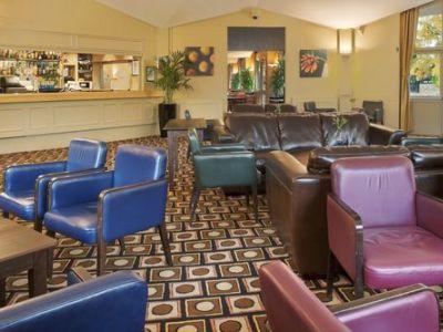 bar 1 - hotel crowne plaza stratford upon avon - stratford-upon-avon, united kingdom