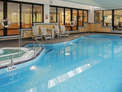 indoor pool - hotel crowne plaza stratford upon avon - stratford-upon-avon, united kingdom
