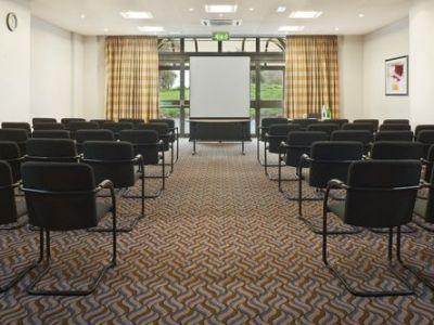 conference room - hotel crowne plaza stratford upon avon - stratford-upon-avon, united kingdom