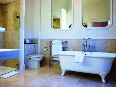 bathroom - hotel the welcombe, bw premier collection - stratford-upon-avon, united kingdom