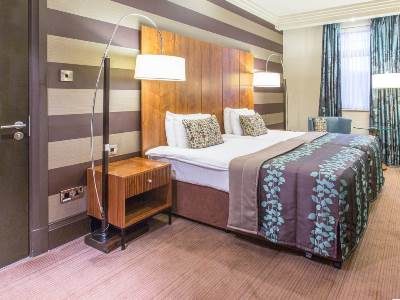 bedroom 4 - hotel doubletree stratford-upon-avon - stratford-upon-avon, united kingdom