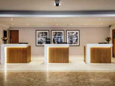lobby - hotel hilton watford - watford, united kingdom