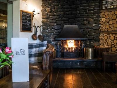 bar - hotel wild boar - windermere, united kingdom