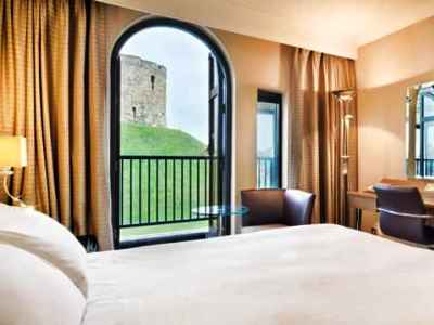 bedroom - hotel hilton york - york, united kingdom