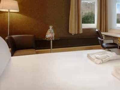 bedroom 2 - hotel hilton york - york, united kingdom