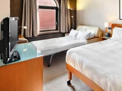 bedroom 4 - hotel hilton york - york, united kingdom