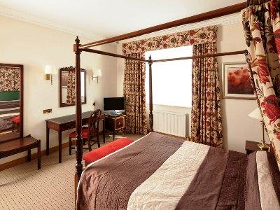 bedroom - hotel mercure york fairfield manor - york, united kingdom