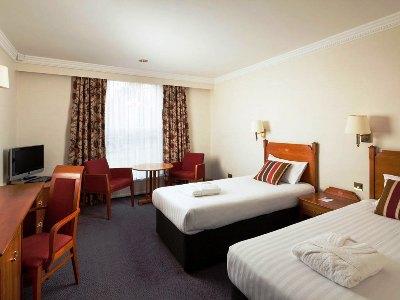 bedroom 2 - hotel mercure york fairfield manor - york, united kingdom
