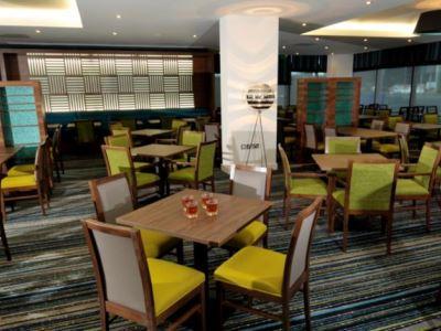 breakfast room - hotel holiday inn exp london - heathrow t5 - heathrow airport, united kingdom