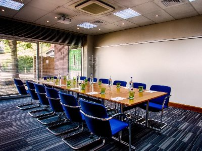 conference room - hotel holiday inn london-heathrow m4 jct 4 - heathrow airport, united kingdom