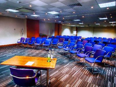 conference room 1 - hotel holiday inn london-heathrow m4 jct 4 - heathrow airport, united kingdom