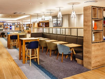 lobby - hotel holiday inn london-heathrow m4 jct 4 - heathrow airport, united kingdom