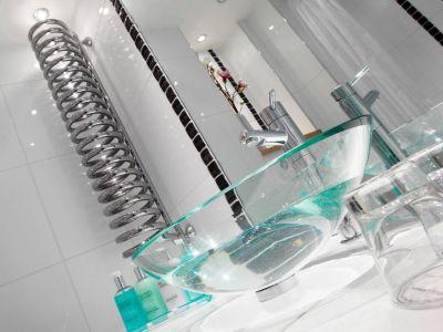 bathroom - hotel waterhead inn - ambleside, united kingdom
