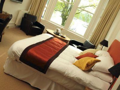 bedroom 1 - hotel waterhead inn - ambleside, united kingdom