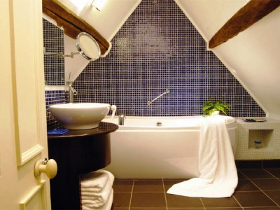 bathroom - hotel cotswold house - chipping campden, united kingdom