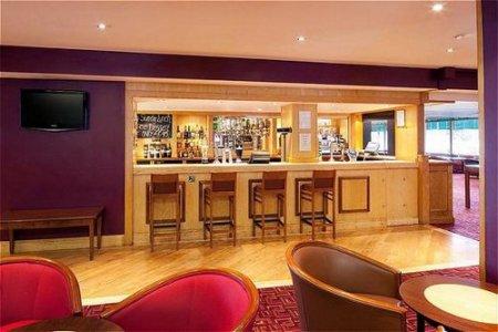 bar - hotel holiday inn stoke on trent m6 j15 - newcastle u lyme, united kingdom