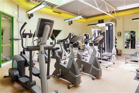 gym - hotel holiday inn stoke on trent m6 j15 - newcastle u lyme, united kingdom