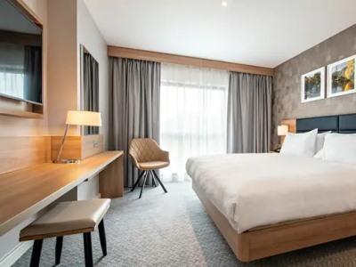 bedroom 2 - hotel hilton garden inn abingdon oxford - abingdon, united kingdom
