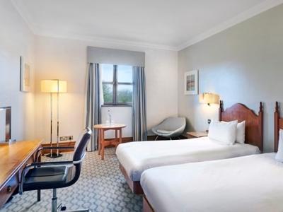 bedroom 1 - hotel hilton puckrup hall - tewkesbury, united kingdom