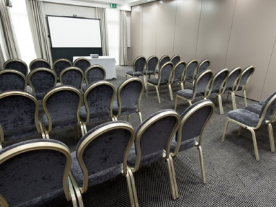 conference room - hotel doubletree by hilton strathclyde - motherwell, united kingdom