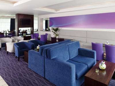 lobby - hotel holiday inn exp burnley m65, jct.10 - burnley, united kingdom