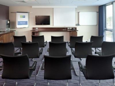 conference room - hotel holiday inn exp burnley m65, jct.10 - burnley, united kingdom