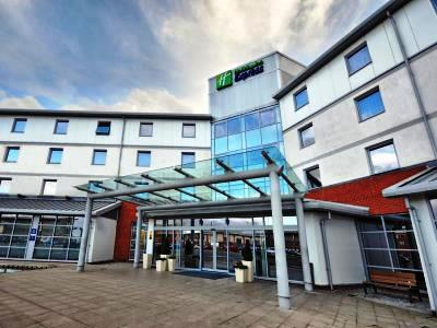 exterior view - hotel holiday inn express sports village - leigh, united kingdom