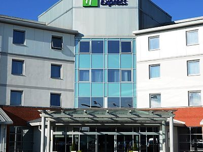 exterior view 1 - hotel holiday inn express sports village - leigh, united kingdom