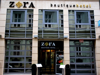 H i s for Boutique hotel zara budapest