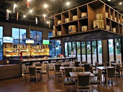 bar - hotel swiss-belinn cikarang - cikarang, indonesia