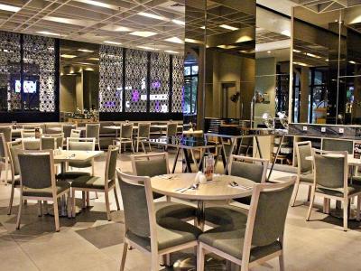 restaurant - hotel swiss-belinn cikarang - cikarang, indonesia