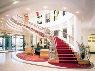 lobby - hotel red cow moran - dublin, ireland