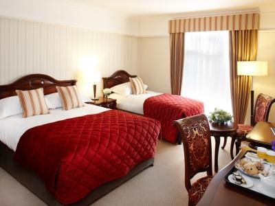 bedroom 1 - hotel red cow moran - dublin, ireland