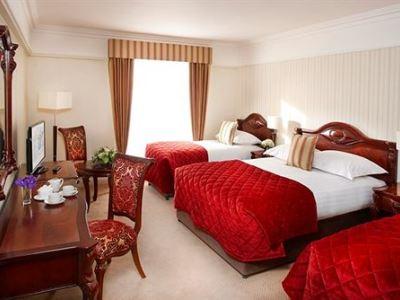 bedroom 2 - hotel red cow moran - dublin, ireland