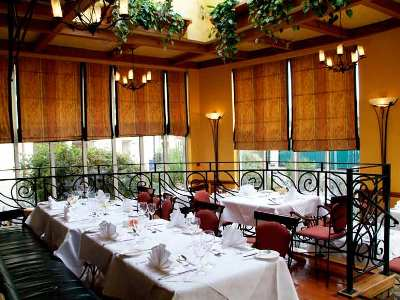restaurant - hotel red cow moran - dublin, ireland