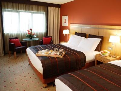 bedroom - hotel clayton liffey valley - dublin, ireland