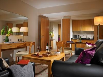 suite 1 - hotel clayton liffey valley - dublin, ireland