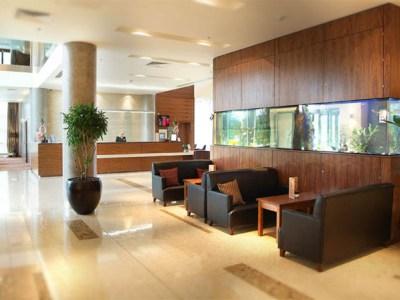 lobby - hotel crowne plaza dundalk - dundalk, ireland