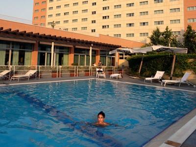 outdoor pool - hotel the sydney - bologna, italy