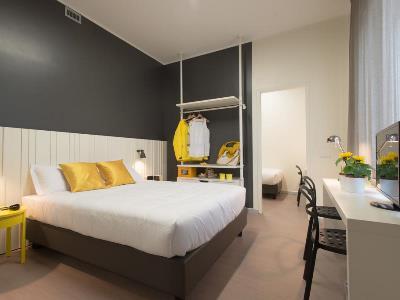 bedroom 2 - hotel b and b hotel milano ornato - milan, italy