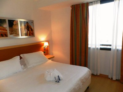 Hotel Anagnina Roma Via Torre Di Mezzavia