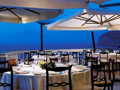 restaurant 2 - hotel parco dei principi - sorrento, italy