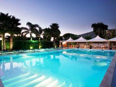 outdoor pool - hotel esperidi resort - sorrento, italy