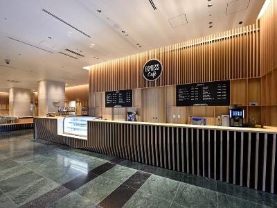 café - hotel oriental suites airport osaka rinku - izumisano, japan