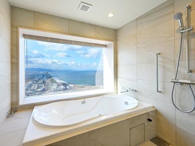 bathroom - hotel oriental suites airport osaka rinku - izumisano, japan