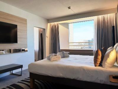 bedroom - hotel novotel kirchberg - luxembourg, luxembourg