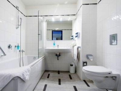 bathroom - hotel bellevue park riga - riga, latvia