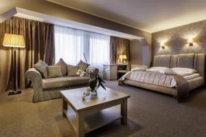 deluxe room - hotel bellevue park riga - riga, latvia